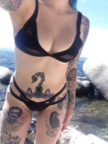 Tattooed Girls Are Extremely Sexy (30 pics)