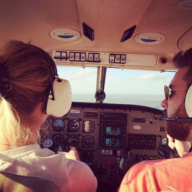 Airplane Pilot Annie Fluff Is Stunning (23 pics)