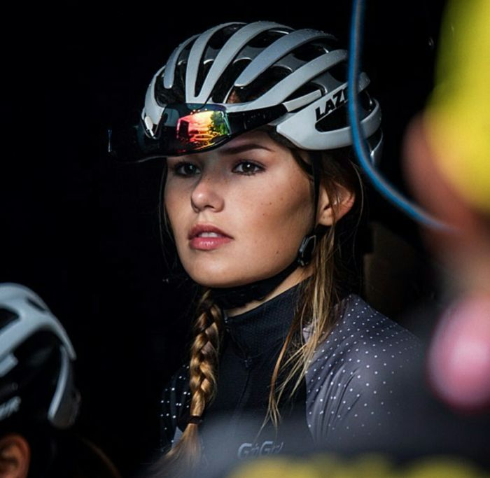 This Dutch Cyclist Will Steal Your Heart (12 pics)