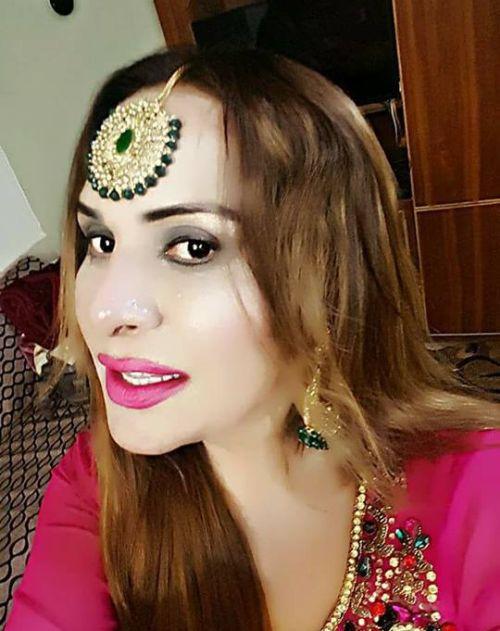 Government Of Pakistan Makes Change To Transgender Passports (2 pics)