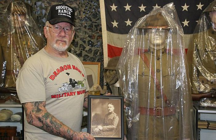 The Most Armed Man In America's Arsenal Continues To Grow (10 pics)
