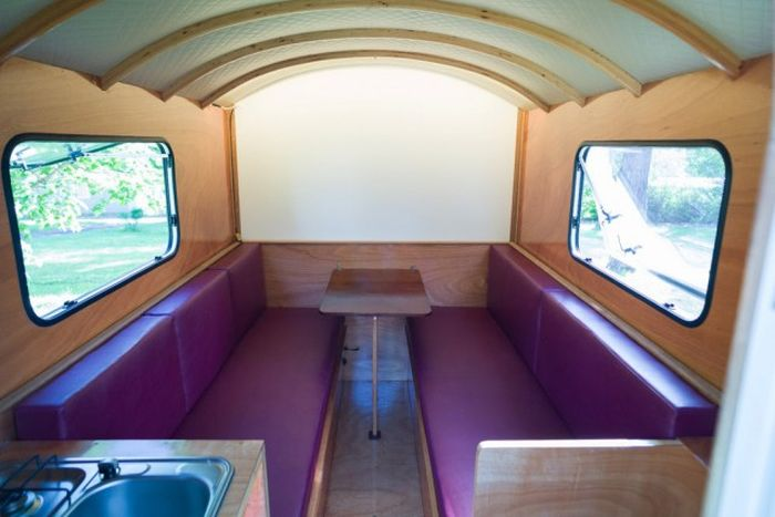 This Mini House On Wheels Is Awesome (11 pics)