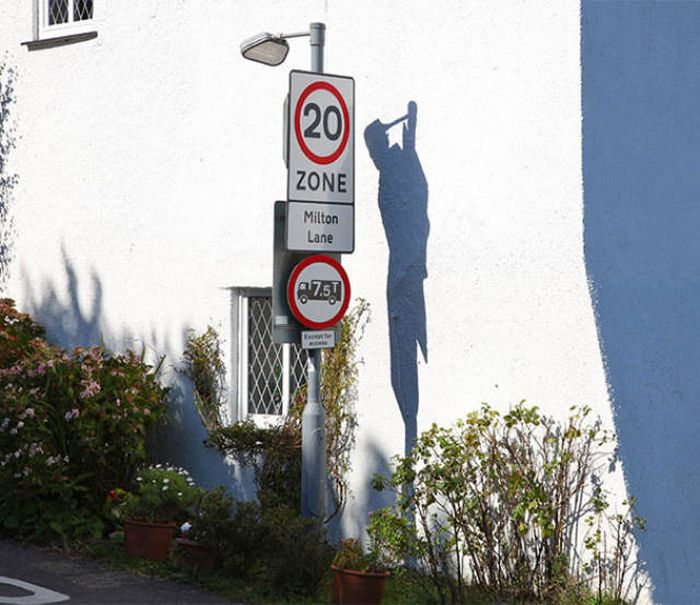 Shadows Sometimes Have Lives Of Their Own (60 pics)