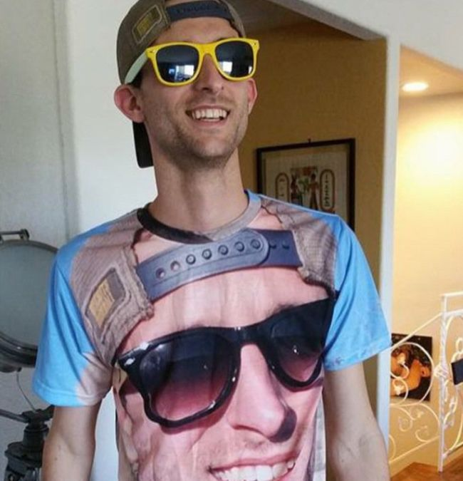 This T-Shirt Is Straight Out Of Inception (3 pics)