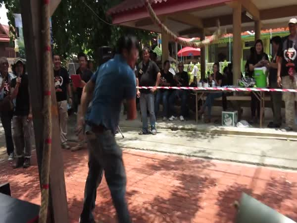 This Incredible Knife Skills Competition In Thailand