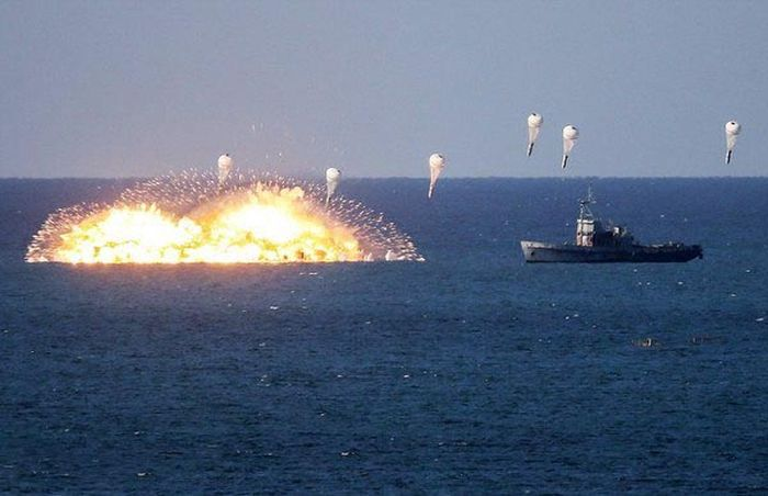 Thermobaric Bombs Are Crazy (4 pics)