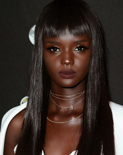 Dark Skinned Model Puzzles Her Fans (19 pics)
