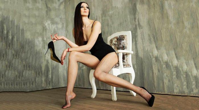 Ekaterina Lisina Is Undeniably Sexy (15 pics)