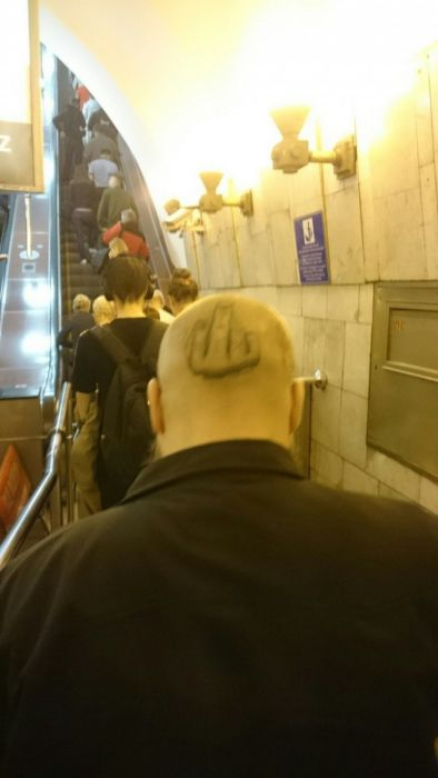 Moscow Metro Fashion Is Bizarre And Entertaining (31 pics)