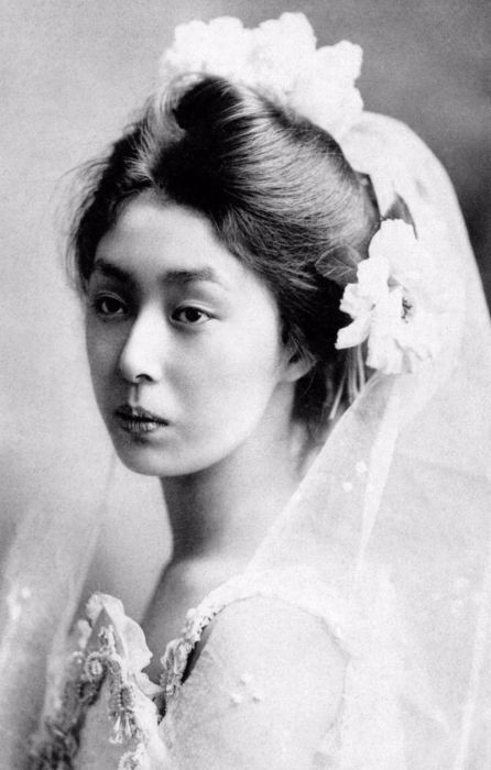 Authentic Photos Of Geishas Without Their Kimono (15 pics)