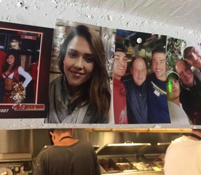 Guy Finds Random Pic He Took With Jessica Alba In A Deli (2 pics)