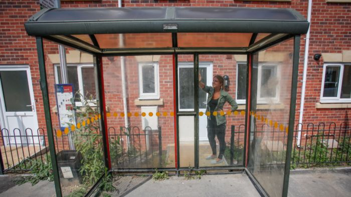 This House Has A Big Bus Stop On Its Doorstep (4 pics)