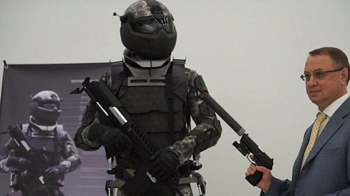 Russia's New Hi-Tech Armor Being Compared To Stormtroopers (7 pics)