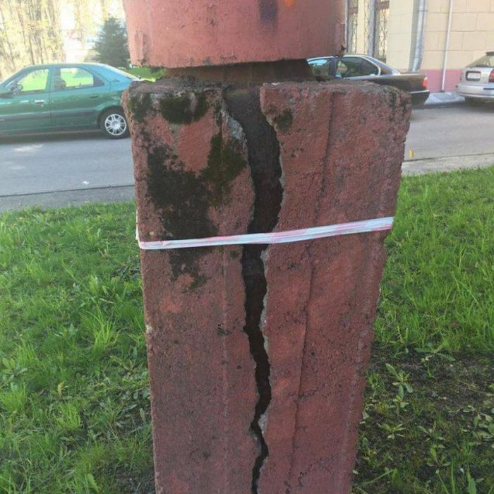 Everything Feels Like It's Upside Down In Russia (36 pics)
