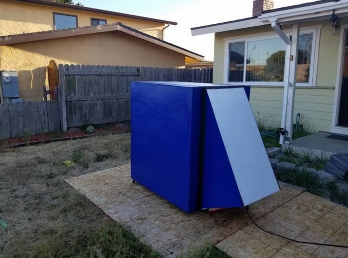 Gamer Found The Perfect Way To Block Out The World (10 pics)