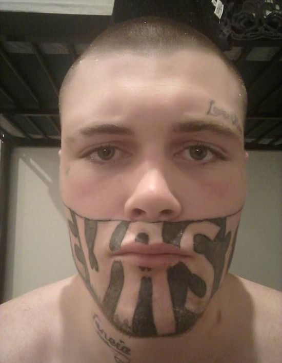 Man With Face Tattoo Complains He Can't Get A Job (3 pics)