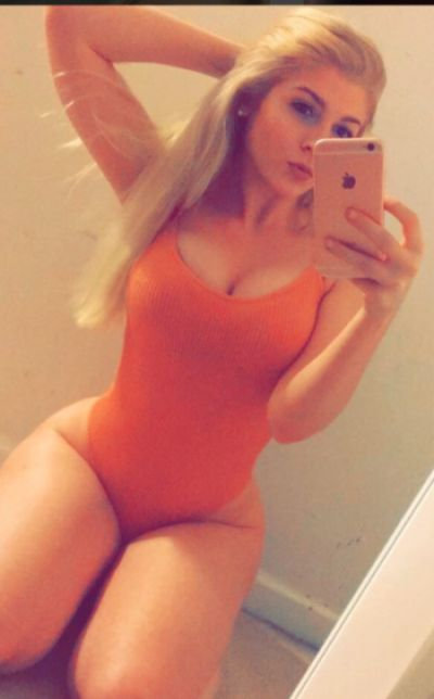 This Girl Is Out To Prove That White Girls Are Thick (6 pics)