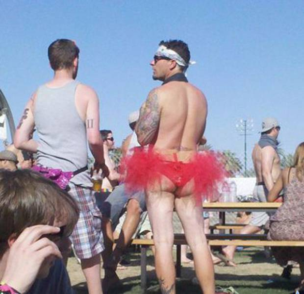 Why Music Festivals Are Not The Best Places To Hang Out (35 pics)