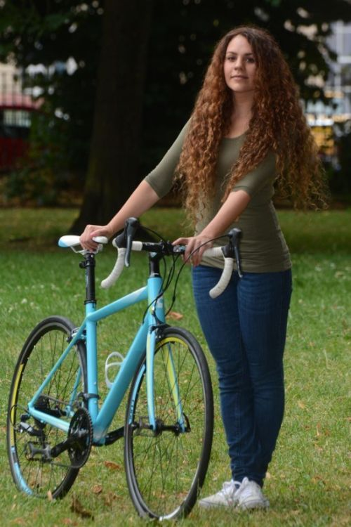 Woman Steals Her Own Stolen Bike After Finding It On Facebook (4 pics)