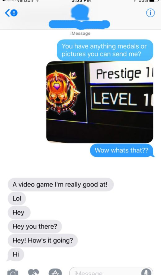 Gamer Uses His Call Of Duty Prestige To Get Sexy Nudes (7 pics)