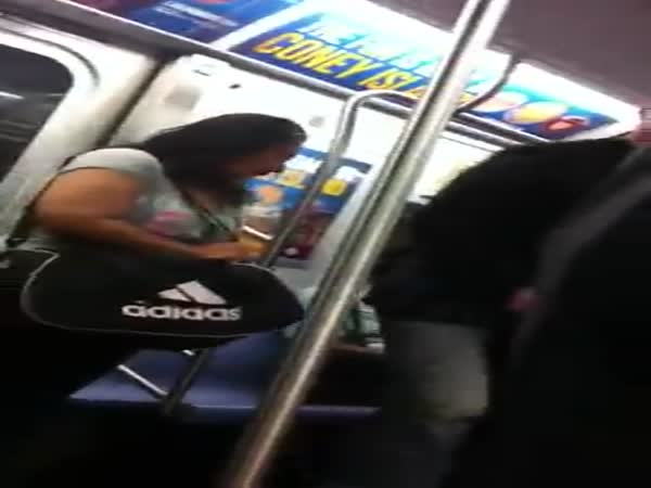 Keanu Reeves Gives up His Subway Seat for a Lady