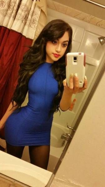 Girls With Gorgeous Hips (36 pics)