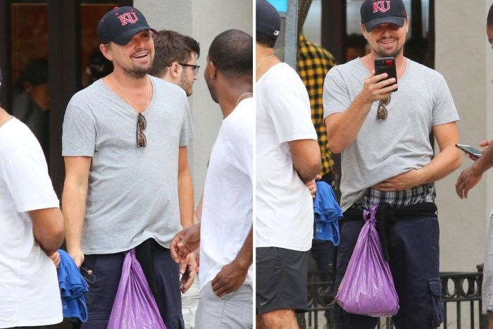People Really Want To Know What's In Leonardo DiCaprio's Plastic Bag (2 pics)