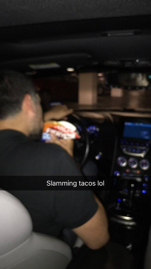 Drunk Guy Finds The Best Uber Driver Ever (6 pics)