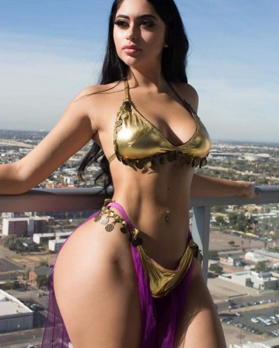 Jailyne Ojeda Ochoa Is Drop Dead Sexy (13 pics)