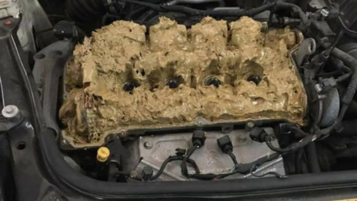 Car Repair Gone Wrong (3 pics)