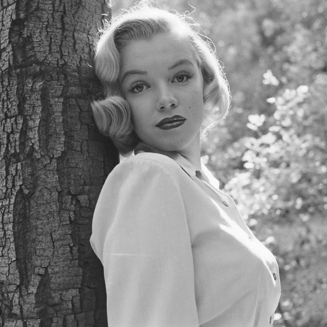 Unseen Photos Of Marilyn Monroe From The 1950s (10 pics)