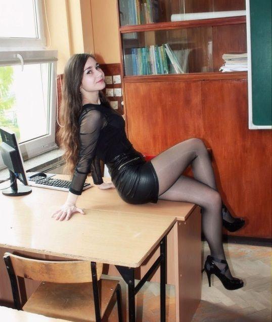 Very Hot Girls (36 pics)
