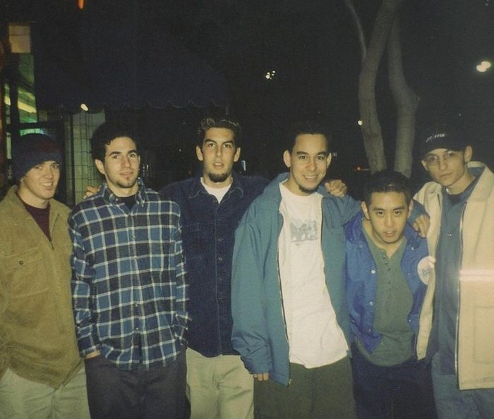 Mike Shinoda Shares First Photo Linkin Park Took With Chester Bennington (2 pics)