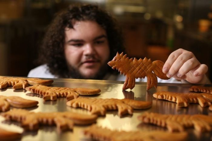 Game Of Thrones Star Opens A Bakery In London (5 pics)
