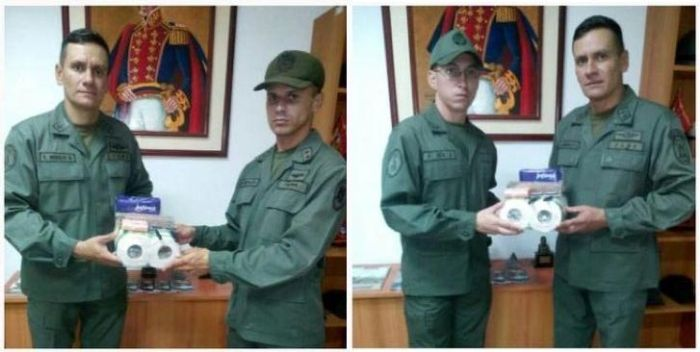 Soldiers In Venezuela Get A Big Reward (3 pics)