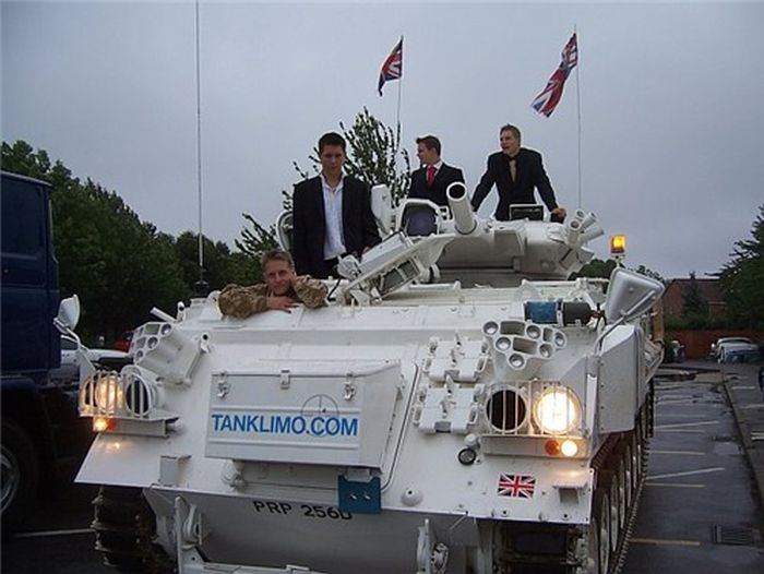 Her's What A Wedding Limousine Tank Looks Like (14 pics)
