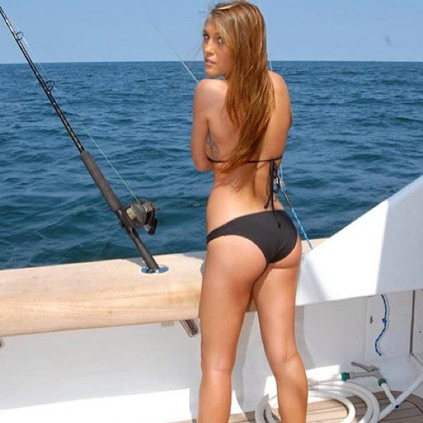 Fishing Is Unbelievably Sexy Nowadays (42 pics)