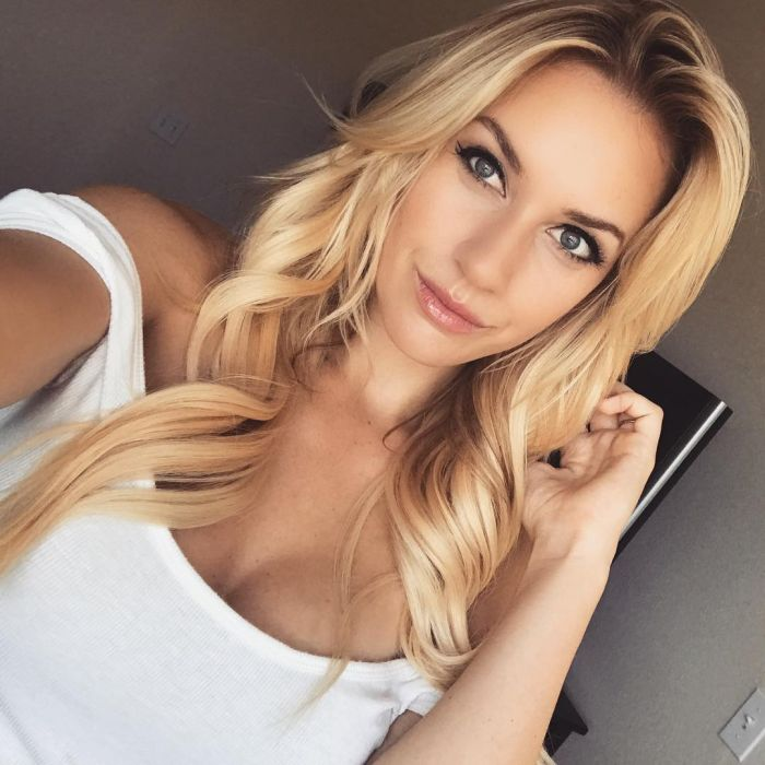 Paige Spiranac Is The Hottest Professional Female Golfer Ever (21 pics)