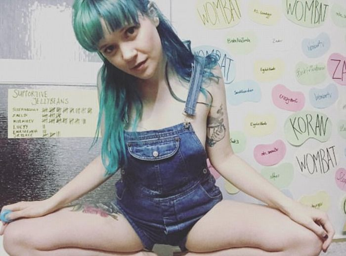 Aussie Woman Earning $500,000 A Year As A Cam Girl (16 pics)
