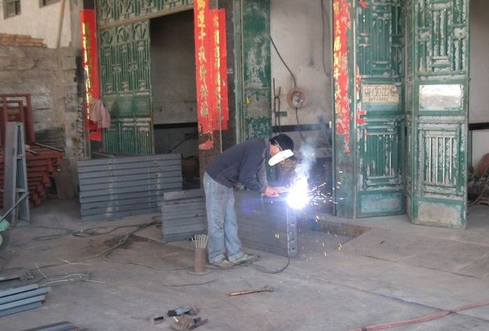 Custom Welding Mask In China (5 pics)