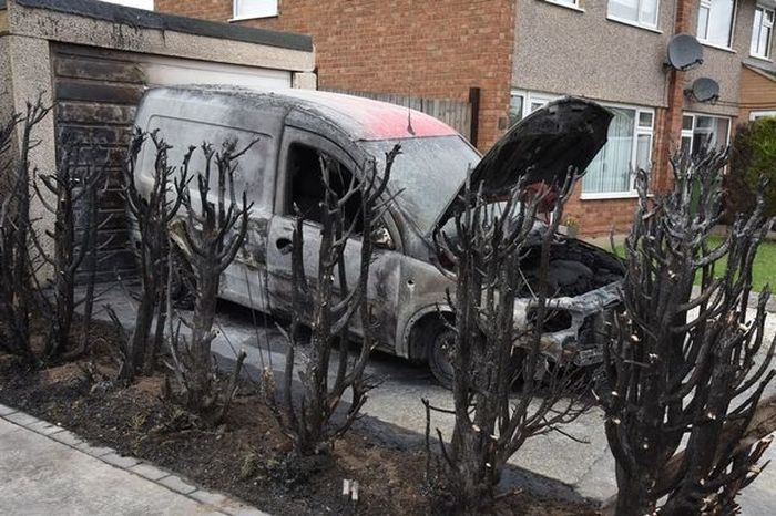 Man Destroys Neighbor's Van While Using A Blowtorch To Remove Weeds (3 pics)