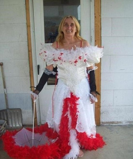 Strange Wedding Dresses That Are One Of A Kind (22 pics)