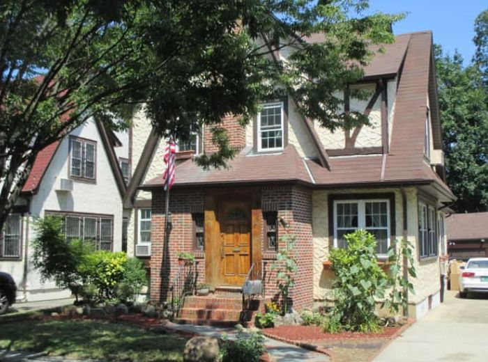 You Can Stay At Donald Trump's Childhood Home (11 pics)