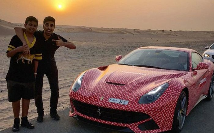 Rashid Belhasa Wants To Be The Biggest Entrepreneur On The Internet (21 pics)