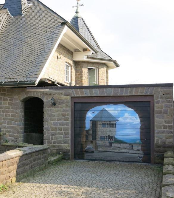 Garage Gates That Are Artistic Masterpieces (30 pics)