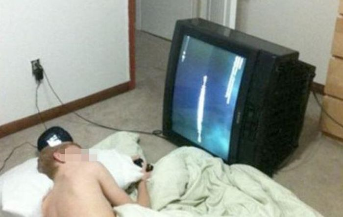 Lazy People Who Took Ridiculous Shortcuts (20 pics)