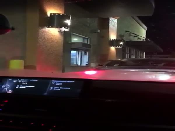 Intense Food Fight At The Taco Bell Drive-Thru