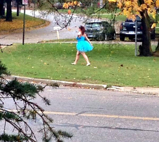 Girls Who Powered Through The Walk Of Shame Like Champions (29 pics)