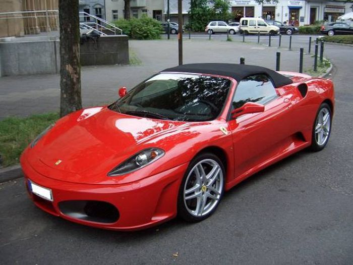 See How Much Ferrari Has Changed Over The Years (13 pics)