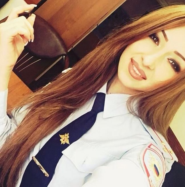 You're Going To Fall In Love With These Russian Police (20 pics)